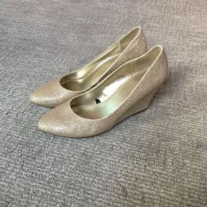 Express Gold Sparkly Almond Toe Wedges 8